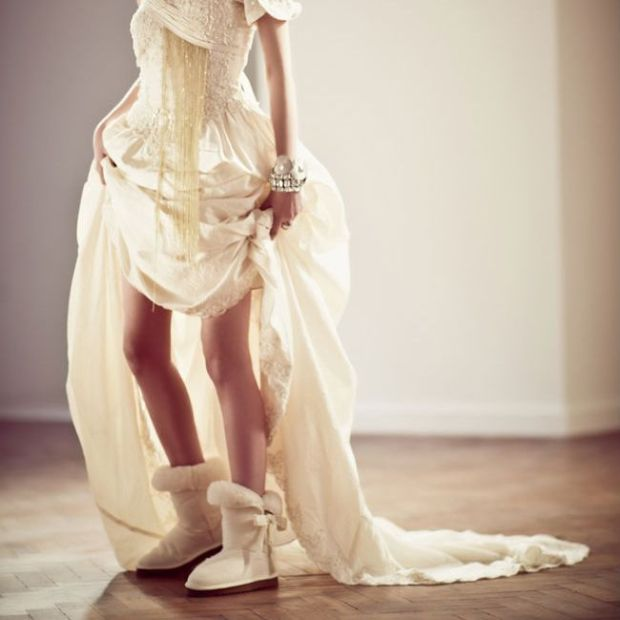 awesome-winter-wedding-shoes-and-boots-youll-love-21