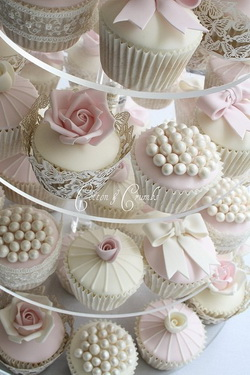 Cotton-and-Crumbs-Blush-Flower-and-Pearl-Wedding-Cupcakes