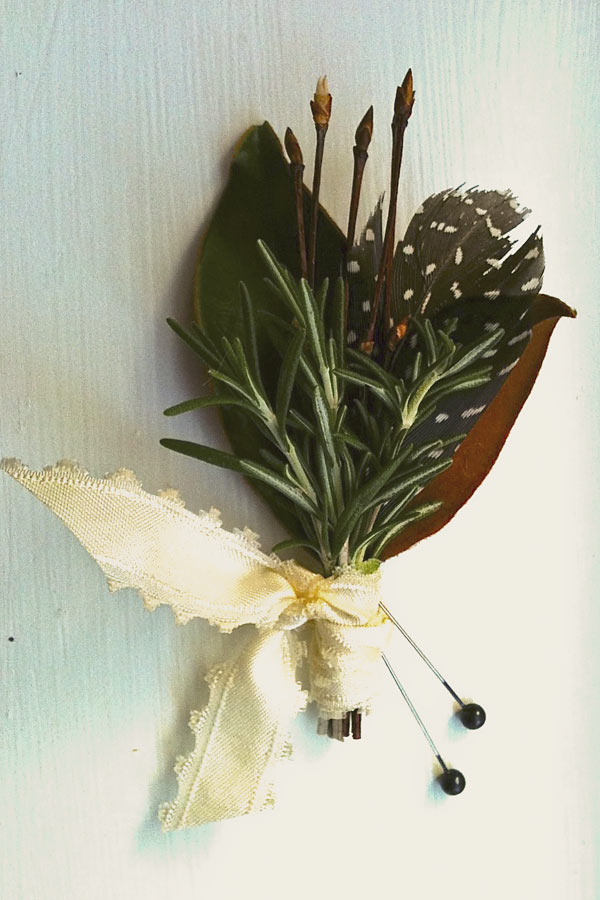 diy-woodsy-boutonniere-1