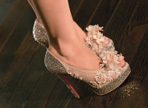 glitter-lace-wedding-shoes