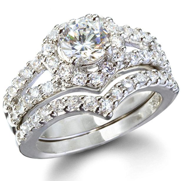 laurels-heart-shape-faux-diamond-wedding-ring-set