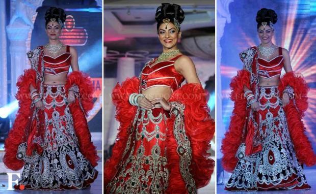 sushmita-sen-red-wedding-lehenga